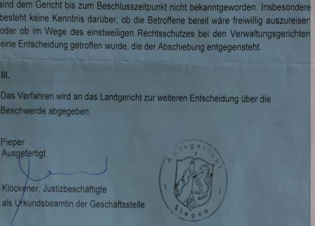 Decision of August 14 of the District Court of Siegen confirming the deportation order of Sister Zhao