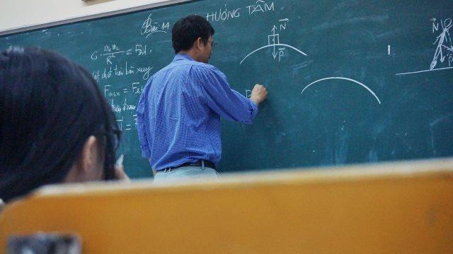 Teacher (taken from the Internet)