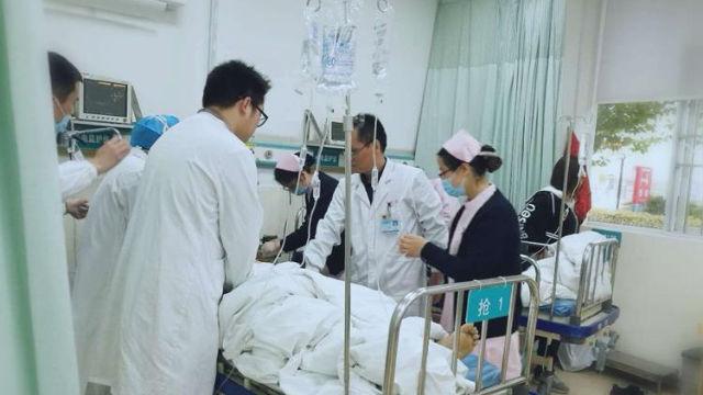 Doctor rescues patient