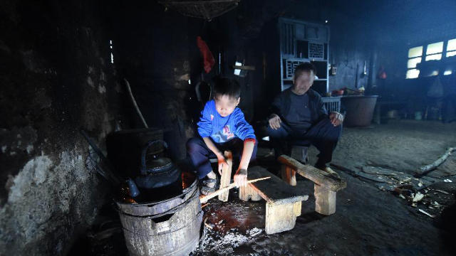poor family in china