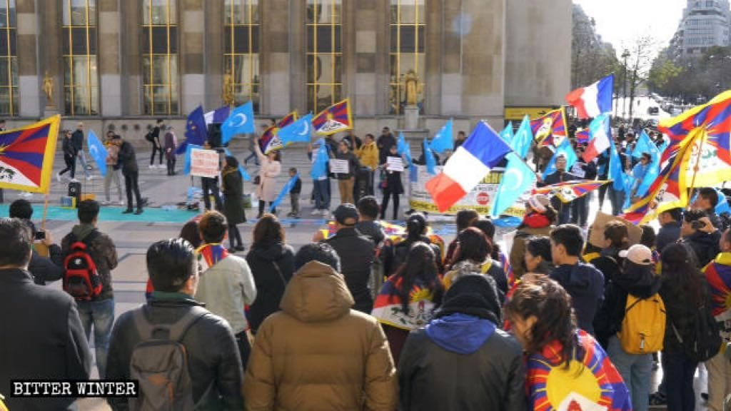 Demonstration scene at Place du Trocadéro in Paris