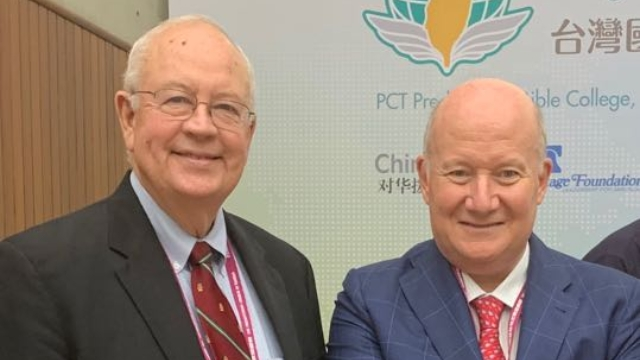 Ken Starr and Massimo Introvigne at Taiwan International Religious Freedom Forum