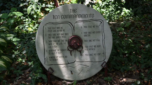 A slate engraved with the Ten Commandments