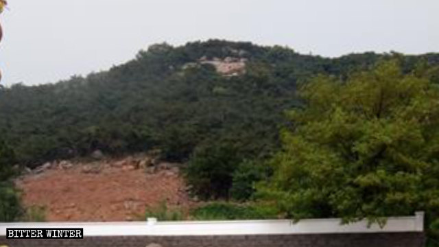 "The ""Thousand-Hand Guanyin"" statue has been demolished."