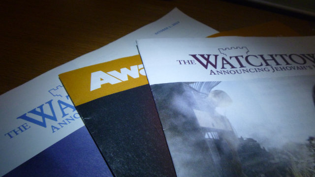 Publications issued by Jehovah's Witnesses (Public domain).