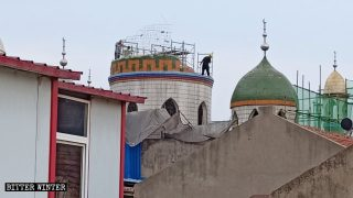'Sinicized' Mosques and Churches Changed Beyond Recognition