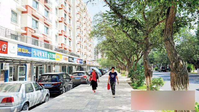 A street in Xinjiang.