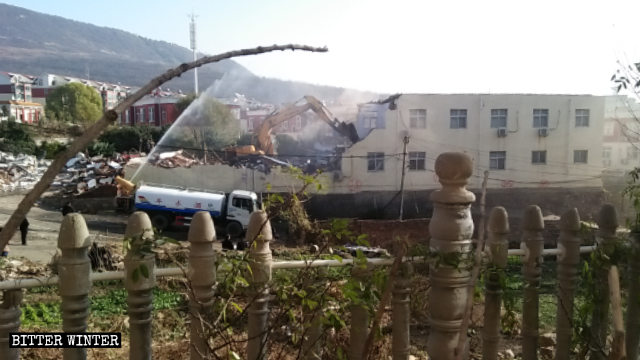 Three-Self Churches Demolished in Henan and Shanxi