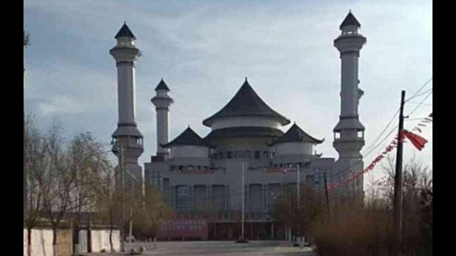 The Weizhou Grand Mosque has been transformed.