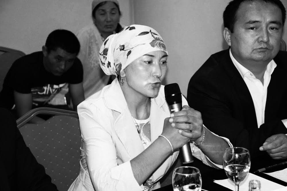 Gulziya Mogdinkyzy, who travelled to China with two children, was pregnant with a third child. The Chinese authorities forced her to have an abortion.