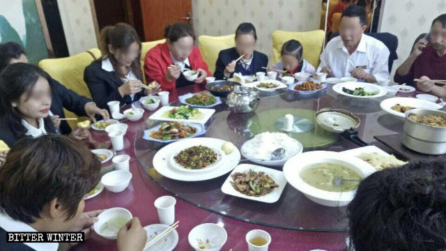 Uyghur teachers in Xinjiang's Kashi city are forced to eat Han cuisine.