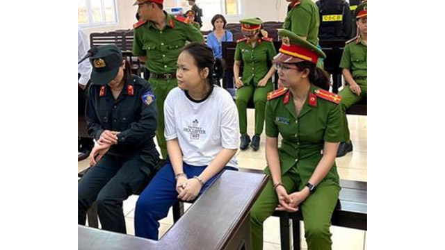 """Cult"" leader Hà during the trial (from Twitter)"
