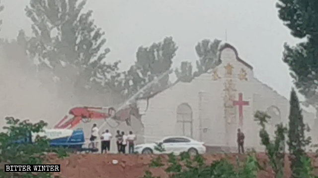 Two State-Run Protestant Churches Demolished in Henan