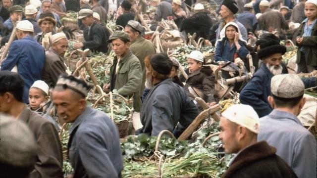 Uyghurs in Kashgar, Xinjiang