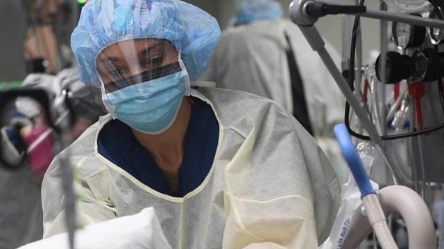 covid19: a masked nurse
