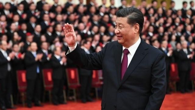 2月25日の貧困に対する彼の「歴史的な」勝利のために習近平を称賛するすべての人(Weiboから)。
